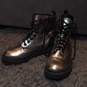 Silver combat boot Size 8